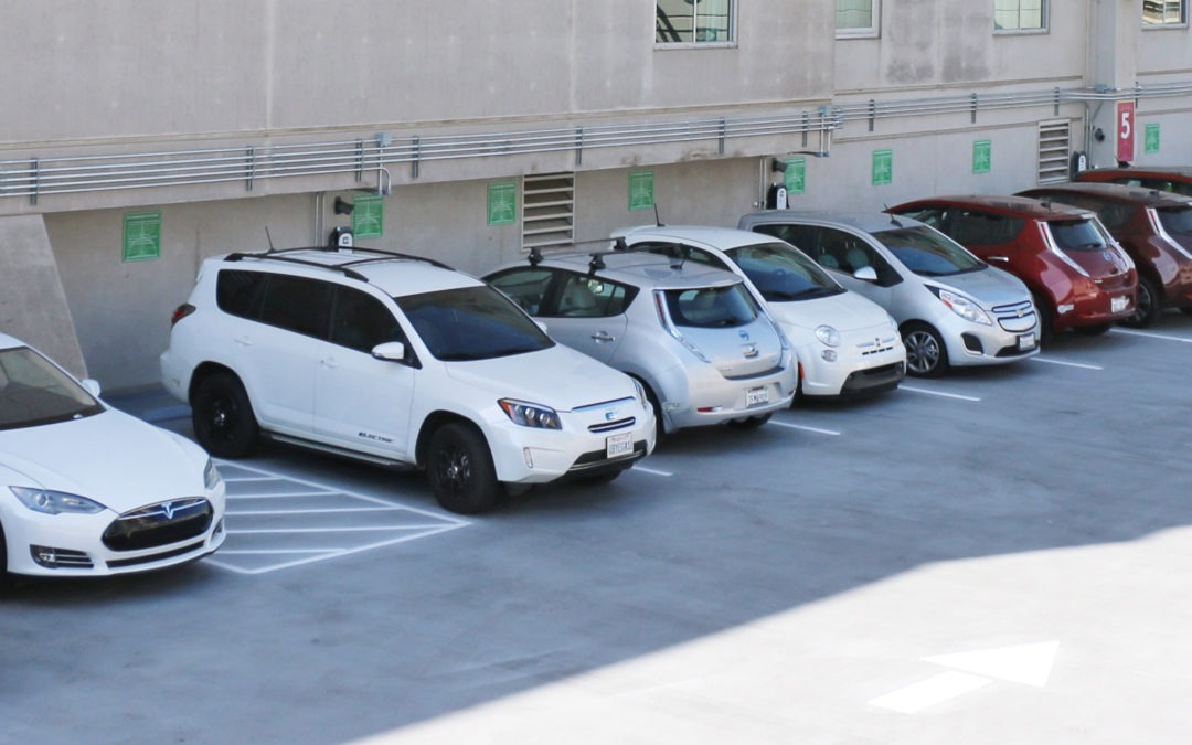 Hyatt Sacramento Celebrates Largest Single Hotel EV Charging Cluster in the US