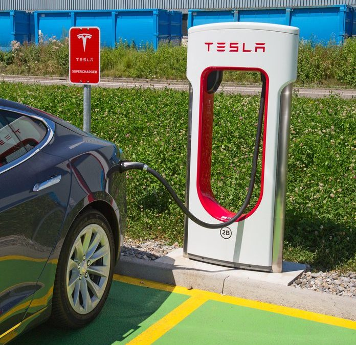 Free Unlimited Tesla Supercharging and $1,000 Credit for a New Model S or Model X