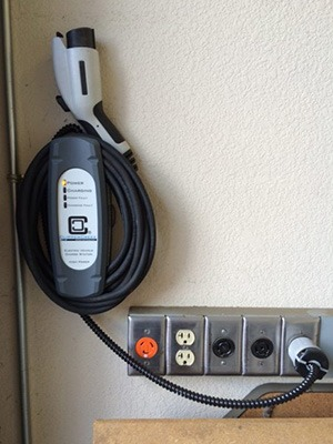 Canzam-Electric-San-Jose-CA-EV-charger-installation-ClipperCreek-LCS