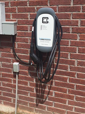Home installation of HCS-40 EVSE on brick wall