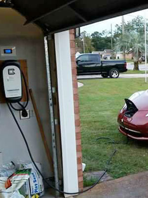 2016 Nissan Leaf charging with ClipperCreek HCS Ward