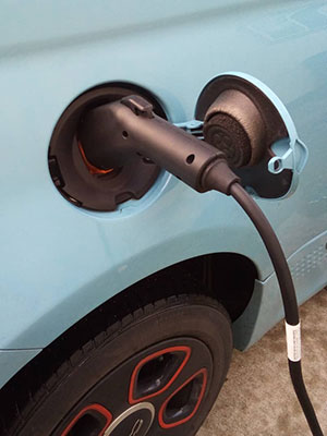Fiat plugged in with LCS charging station Insta ada.e.schmidt